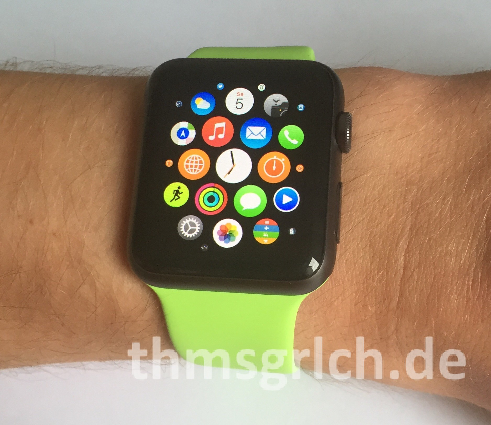 AppleWatch Sport Space Gray mit grünem Armband