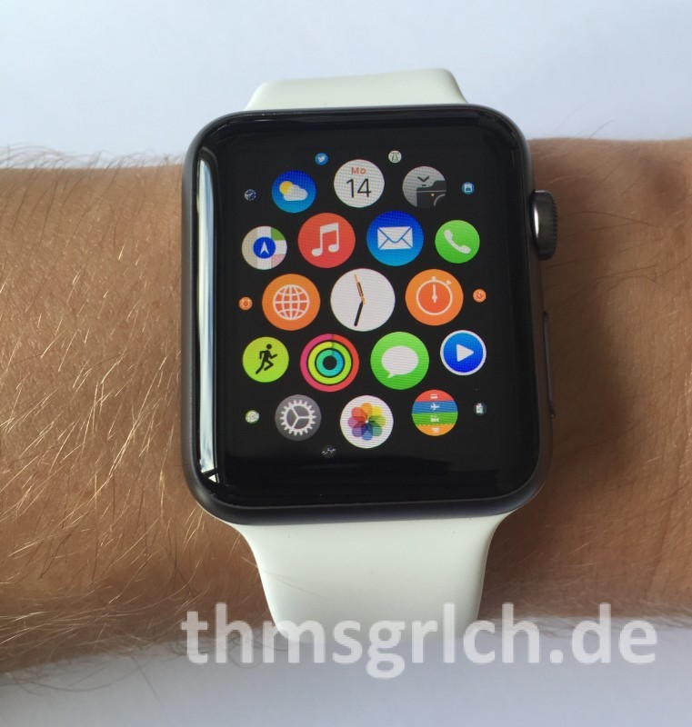 AppleWatch Sport Space Gray mit weißem Armband